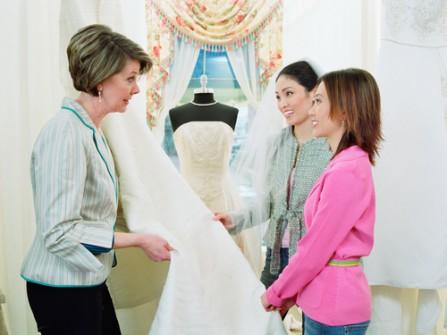 5 sai lầm dễ mắc phải khi chọn mua váy cưới