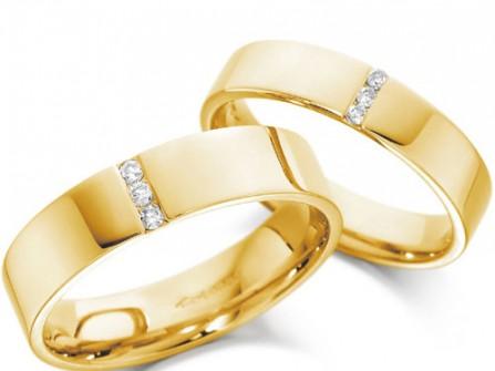 Nhẫn cưới vàng đính đá đơn giản