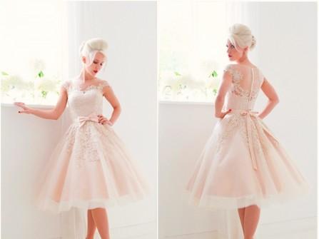 Váy cưới ngắn voan xòe kết ren vintage