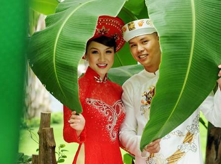 Cận cảnh đám cưới hạnh phúc của Phan Đinh Tùng