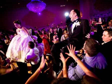 7 bí quyết để đám cưới của bạn không nhàm chán