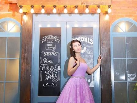 Váy cưới voan cúp ngực dáng xòe màu tím ngọt ngào