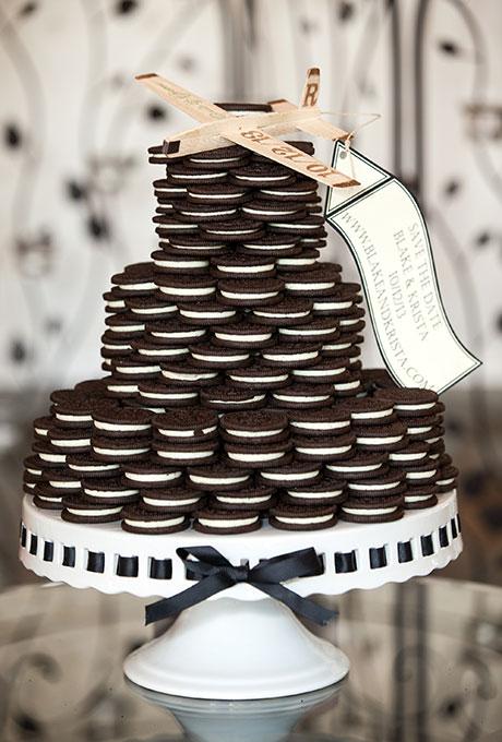 Bánh cưới đẹp và lạ mắt với cookie chocolate