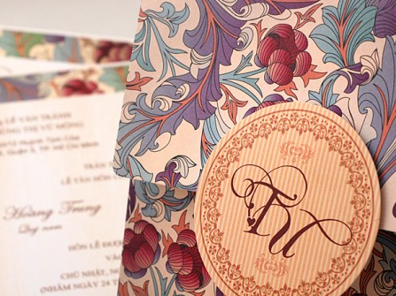 Thiệp cưới đẹp hoa văn cổ điển phong cách retro