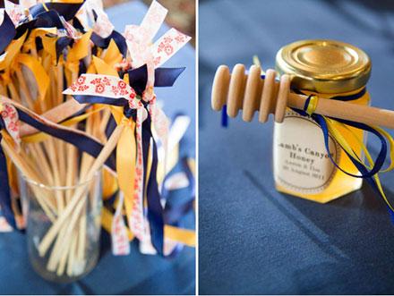 Quà cảm ơn khách mời: Hũ thủy tinh đựng mật ong