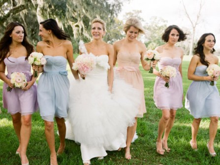 Váy phụ dâu màu pastel dáng chữ A cúp ngực