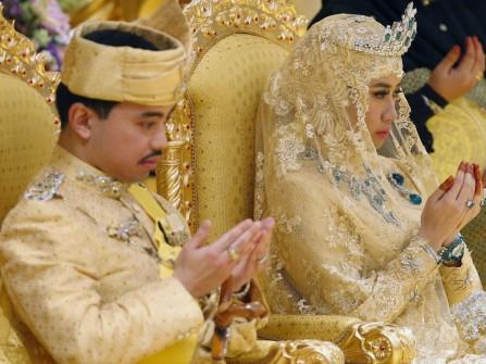 Cận cảnh sự xa hoa của đám cưới hoàng gia Brunei