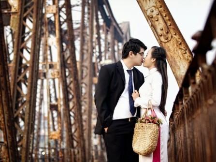 Địa điểm chụp ảnh cưới: Cầu Long Biên, Hà Nội