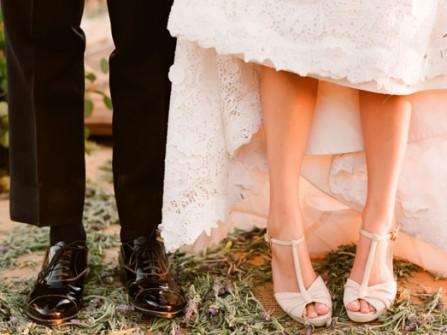 Chọn giày cưới đẹp cho cô dâu thấp