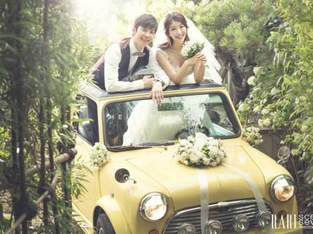 Ảnh cưới đẹp và tự nhiên hơn nhờ phụ kiện
