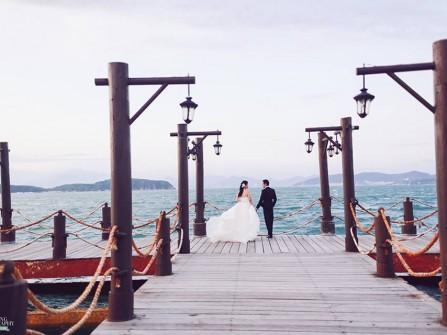 Địa điểm chụp ảnh cưới: Cầu cảng đảo Hòn Tằm, Nha Trang