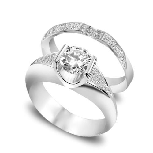 Nhẫn đính hôn kim cương cùng tông nhẫn cưới