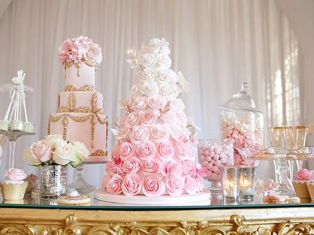 Bánh cưới đẹp màu pastel hoa nổi 3D