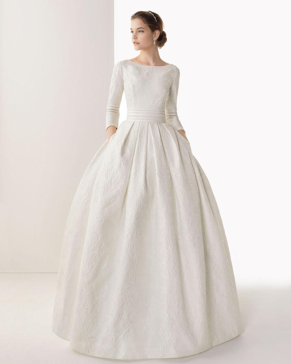 Váy cưới đẹp phong cách tối giản màu trắng