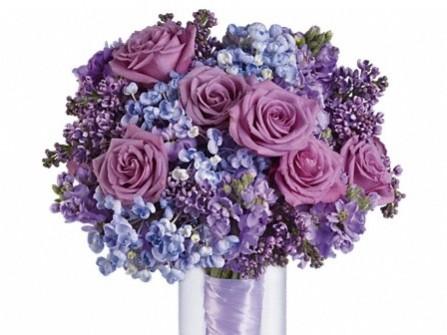 Hoa cưới cầm tay lãng mạn sắc tím hoa hồng