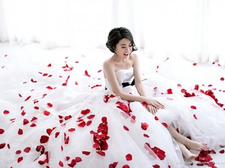 Chọn váy cưới: Váy cưới nói gì về tính cách cô dâu?