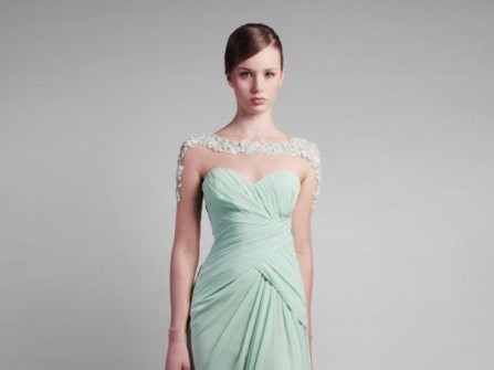 Váy cưới đẹp cúp ngực dáng suôn gam pastel trang nhã
