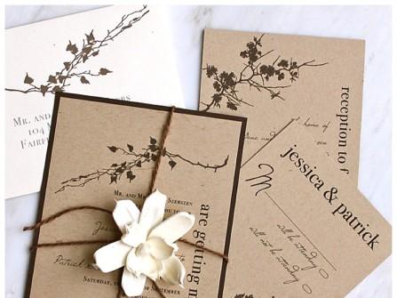 Thiệp cưới đẹp hình chữ nhật đứng tông trầm