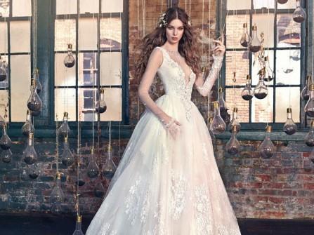 Váy cưới đẹp phong cách công chúa phối ren voan cầu kỳ