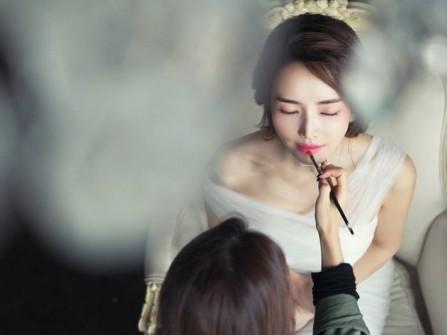 """Chương trình đặc biệt: Cuộc thi """"Một ngày làm cô dâu xinh"""" -  Kỷ niệm 5 năm Marry"""