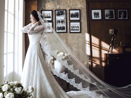 Váy cưới đẹp dáng chữ A phong cách cổ điển sang trọng