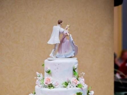 Bánh cưới đẹp lấy cảm hứng từ chuyện cổ tích