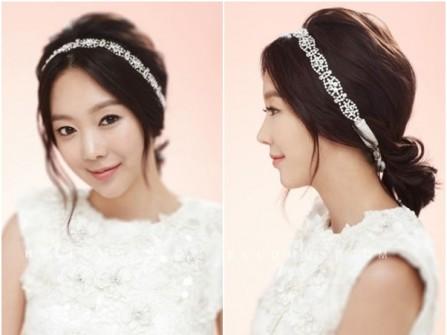 Tóc cưới đẹp và đơn giản kết hợp băng đô đính đá