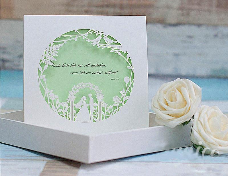 Thiệp cưới đẹp màu trắng sang trọng, tinh tế với hình cắt laser
