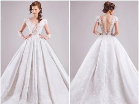 Váy cưới đẹp phối ren hoa, lưng xẻ sâu quyến rũ