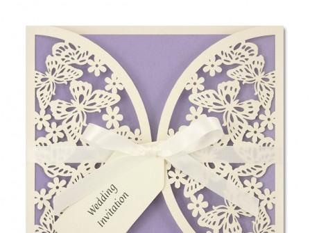 Thiệp cưới đẹp màu tím pastel phối hình cắt laser