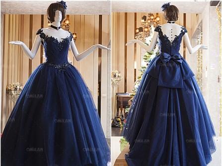 Váy cưới đẹp màu xanh navy chất voan phối ren