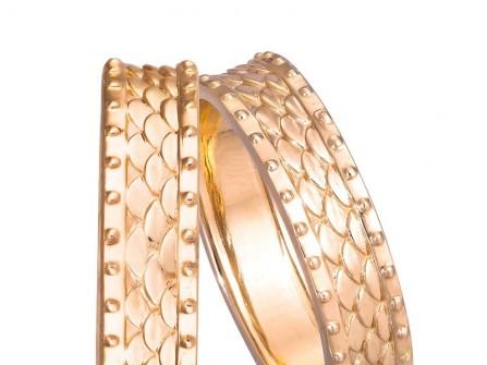 Nhẫn cưới vàng họa tiết rồng phượng hoàng gia sang trọng