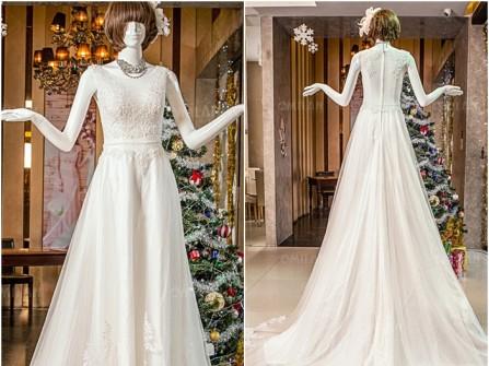 Váy cưới đẹp dáng chữ A đơn giản đuôi xòe ấn tượng