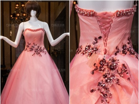 Váy cưới đẹp màu hồng ngọt ngào kết đá tinh tế