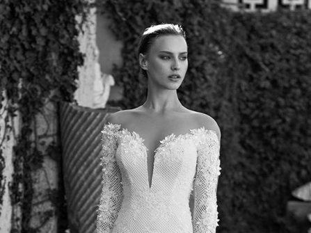 Váy cưới đẹp dáng đuôi cá tay dài tuyệt đẹp