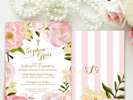 Thiệp cưới đẹp màu hồng sọc trắng họa tiết hoa trà ngọt ngào