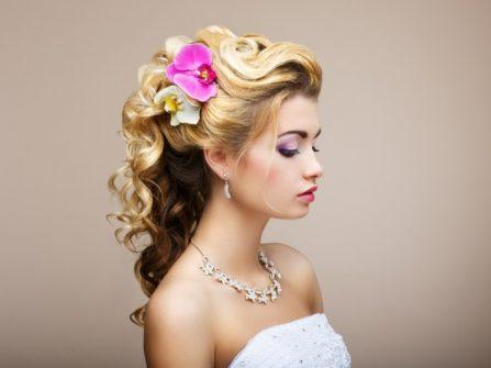 Chuyên gia tạo kiểu tóc Anh tư vấn tóc nhuộm cô dâu