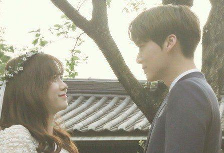 Rò rỉ hình ảnh hôn lễ giản dị của nàng Cỏ Goo Hye Sun