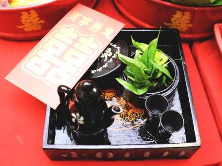 Lễ dạm ngõ theo nghi thức ba miền Bắc Trung Nam