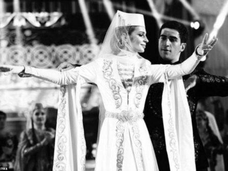Đám cưới siêu sa hoa hơn 2 triệu USD của con trai tỷ phú Nga