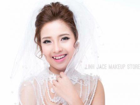 Linh jace make-up