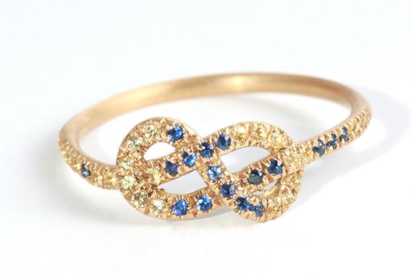 Nhẫn đính hôn vàng đính đá, mặt nhẫn biểu tượng vô cực