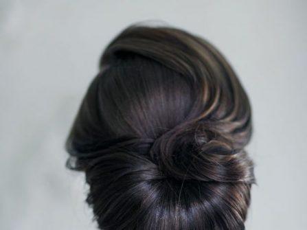 Tóc cô dâu đẹp bới thấp kiểu Pháp cổ điển