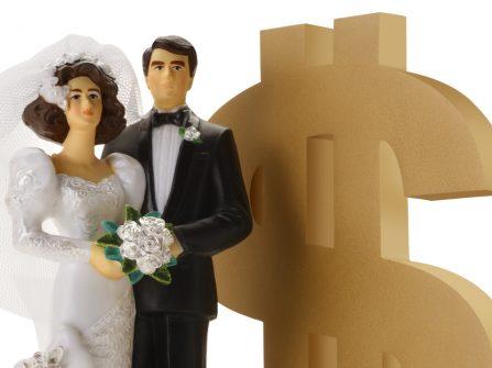 """10 chi phí phát sinh """"ẩn mặt"""" khó lường khi lên ngân sách cưới"""