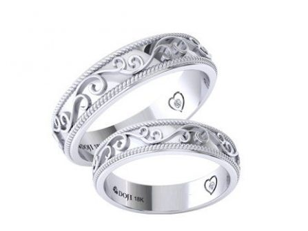 Nhẫn cưới vàng trắng chạm khắc họa tiết dây leo mềm mại