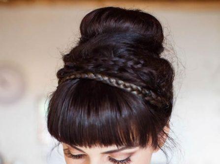 Tóc cô dâu đẹp bới cao kết hợp thắt bím cầu kỳ
