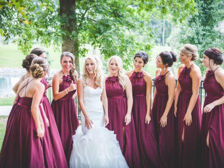 Váy phụ dâu sắc đỏ Burgundy