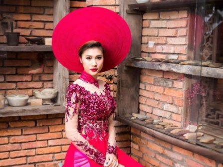 Áo dài cưới đẹp màu hồng cánh sen kết ren hoa nổi sang trọng