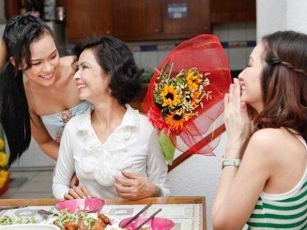 Mách nhỏ cho nàng dâu mới cách ứng xử trong gia đình chồng