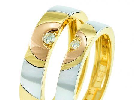 Nhẫn cưới đẹp và độc đáo phối 3 chất liệu vàng, đính kim cương